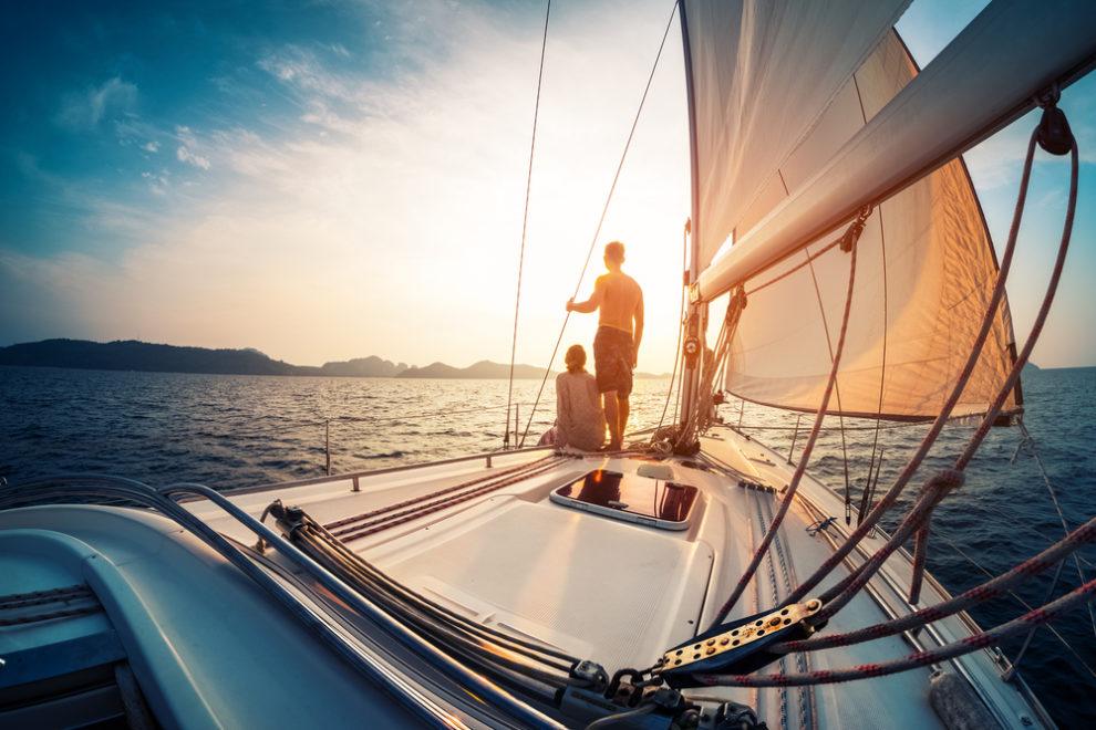 ことわざ「得手に帆を揚げる」の意味と使い方:例文付き – スッキリ